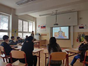 Odkaz žiakov Maťovi bez rúk: Ďakujem, tvoj príbeh mi otvoril oči