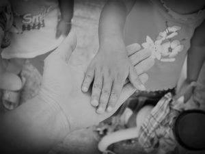 Hľadáme rodičov, ktorí chcú využiť pomoc dobrovoľných rómskych poradcov