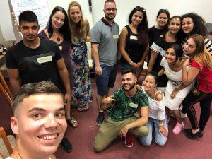 Staň sa dobrovoľným poradcom pre rómske deti a náhradných rodičov